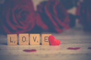rosas y corazón